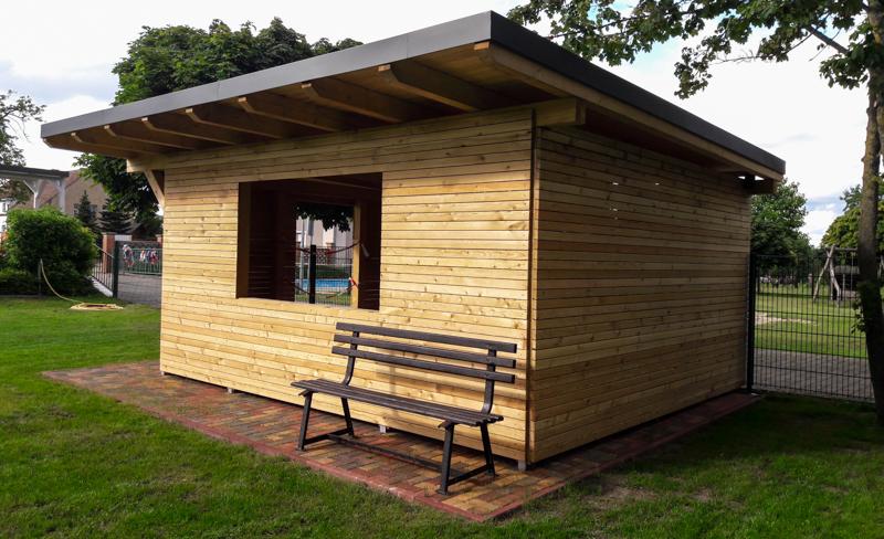 Ein neuer Mehrzweckraum aus Holz